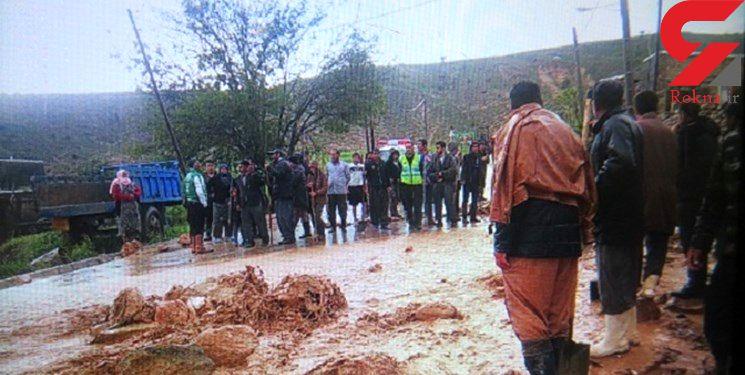 نجات 27 دانش آموز بجنوردی توسط معلمان فداکار + عکس