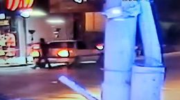 فیلم لحظه سرقت پژو405 در چند ثانیه در آبادان