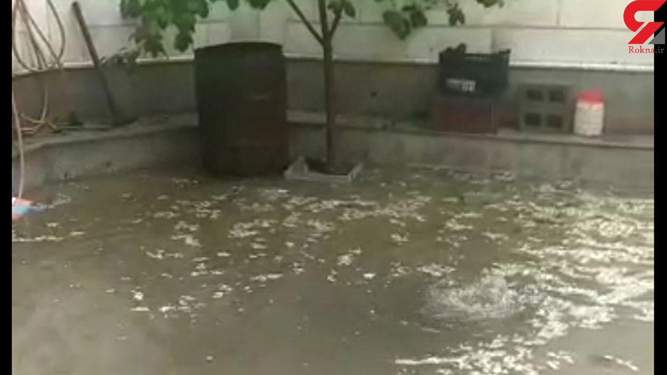 بروز مشکلاتی برای برخی از همشهریان در پی بارش سنگین تگرگ روز شنبه