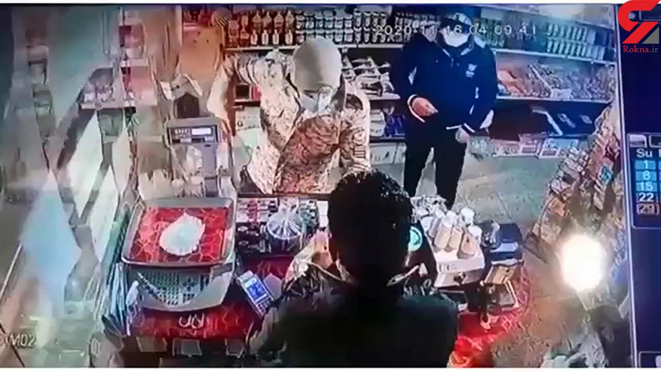 فیلم لحظه سرقت مردان قمه به دست در قائم شهر / بازداشت مردان ناشناس