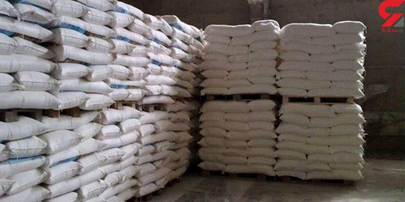 کشف 51 تن شکر و خوراک طیور قاچاق در کنگاور