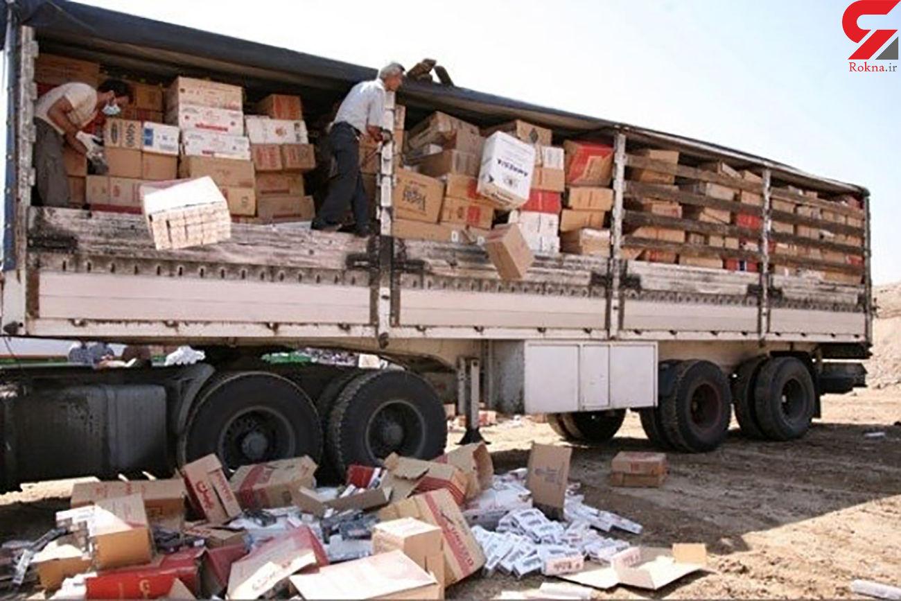 توقیف تریلر حامل کالای قاچاق در کازرون