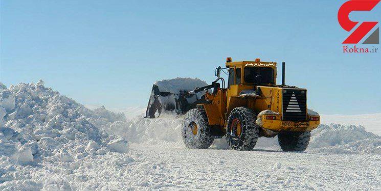 برف جاده های اردبیل را سفیدپوش کرد/عملیات برفروبی برخی محورها مواصلاتی