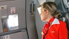 مهمانداران هواپیما برای چه سختیهایی آماده هستند؟