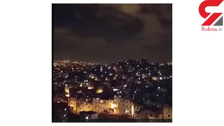 مردم مراکش به پشت بام خانه هایشان رفته و برای نجات از کرونا الله اکبر می گویند + فیلم