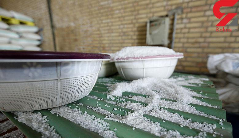 کشف ۶۳۰ تن مواد اولیه احتکار شده پتروشیمی در کهریزک + عکس