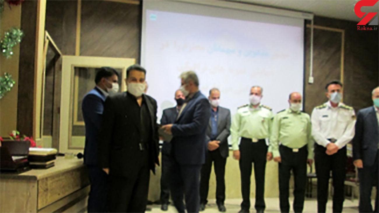 تجلیل از خبرنگار رکنا در همایش نمونه های حمل و نقل و ترافیک استان قزوین