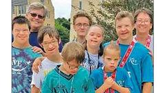 سرنوشت 5 کودک بیمار به دستان زن سرطانی گره خورد+ عکس