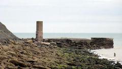 گیر افتادان چند ایرانی در صخره های بریتانیا