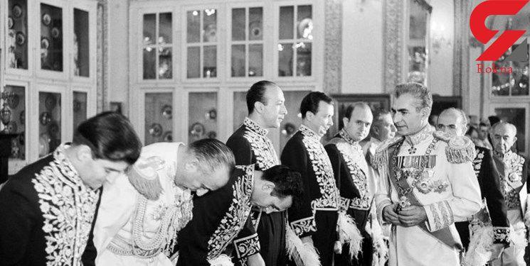 ماجرای جماعتی که برای درمان خارش شاه به صف شدند!