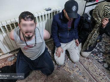 عکس های یک عملیات شبانه پلیس تهران / ردپای زن جوان در خانه مرد تبهکار