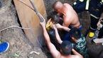 نجات معجزه آسای کودک 2 ساله از داخل یک چاه + تصاویر