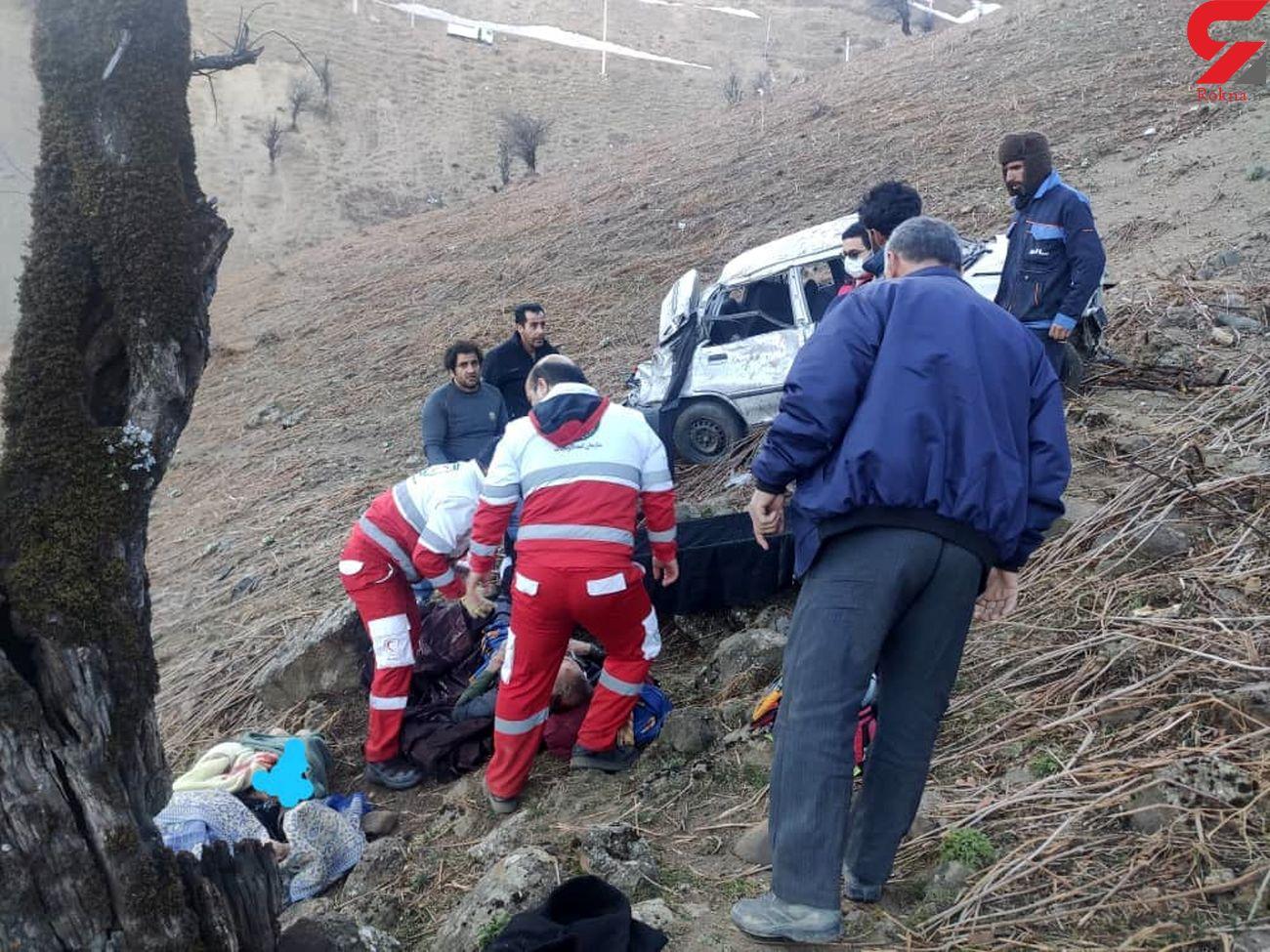 سقوط خودروی پراید به دره کوهستانی محور اسالم به خلخال