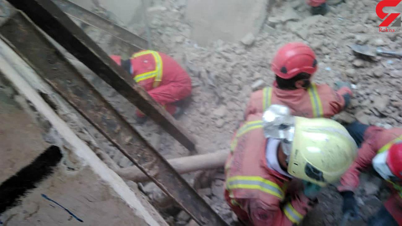 لحظه به لحظه با آتش نشانان تهران در نجات کودک 8 ساله خیابان ولیعصر + فیلم و عکس