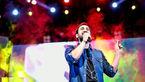 کنسرت موسیقی خواننده معروف در سرزمین پدری اش