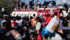 مردم سونامیزده در اندونزی به فروشگاهها هجوم بردند/ دفن گروهی قربانیان+ تصاویر