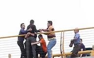 اقدام زیبا و شجاعانه مردم مشهد برای جلوگیری از یک خودکشی+ عکس