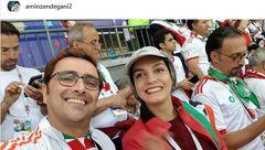 عکس عجیب و متفاوت زن و شوهر بازیگر در ورزشگاه روسیه