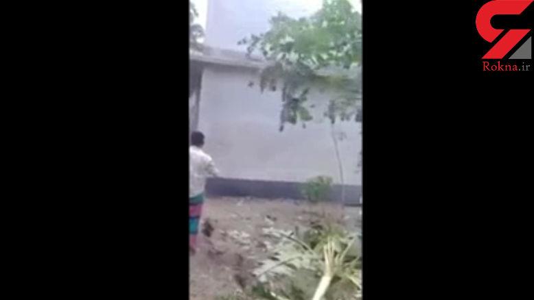 صحنه وحشتناک غرق شدن یک خانه با بالا آمدن آب رودخانه + فیلم