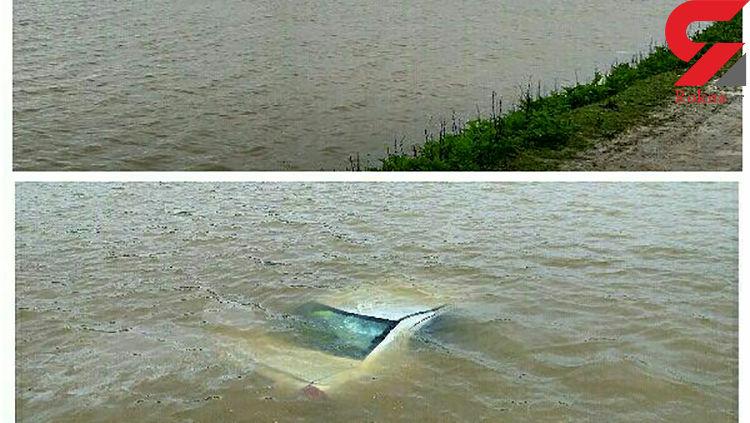 عکسی عجیب از خودروی تیبا  که غرق شده بود!