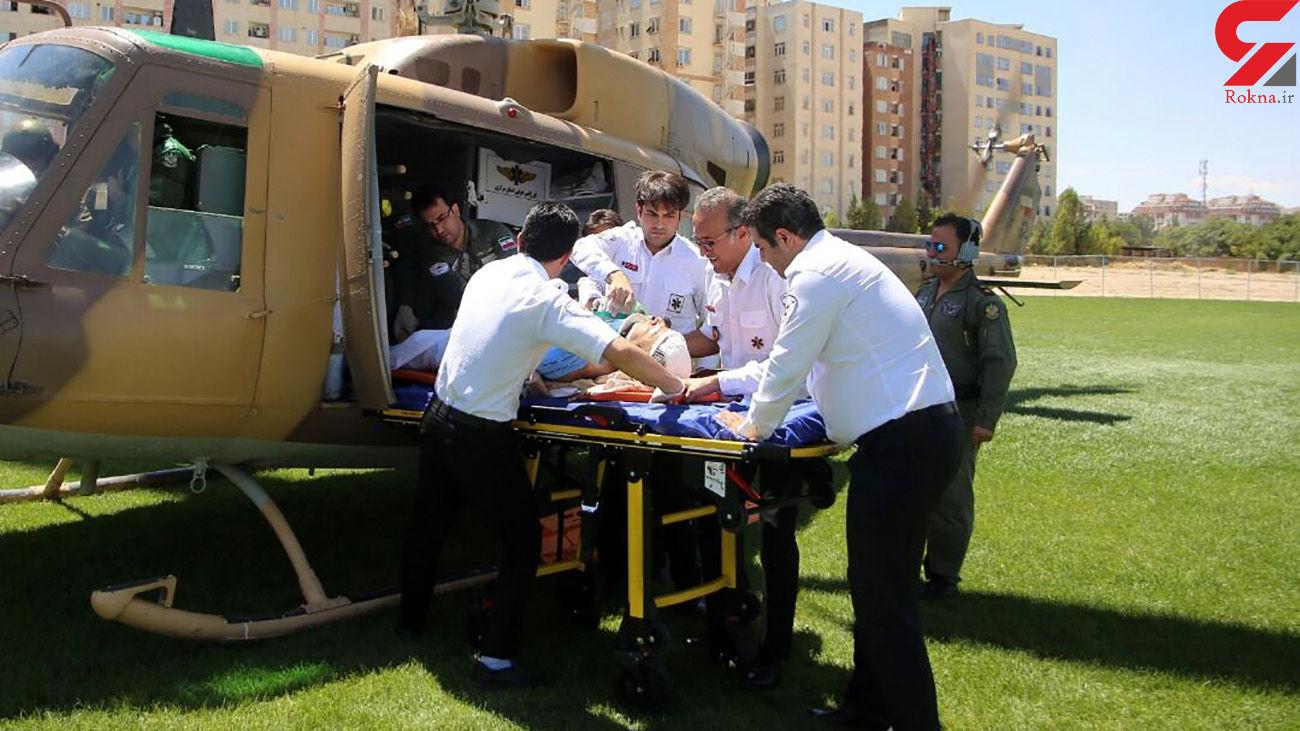 سقوط مرگبار زن الموتی از درخت توت / امداد هوایی به پرواز درآمد + عکس