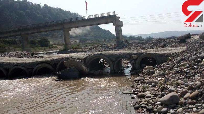 پل مرگ در سوادکوه بلای جان دانش آموزان است+ عکس