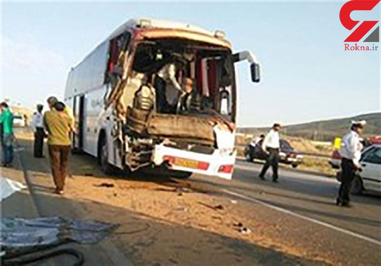 برخورد اتوبوس داخل شهر با 3 عابر پیاده در شهر مهران