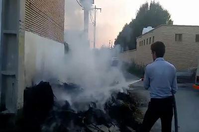 کوتاهی شهرداری آبادان چیزی نمانده بود که خانه ای را در آتش بسوزاند + فیلم