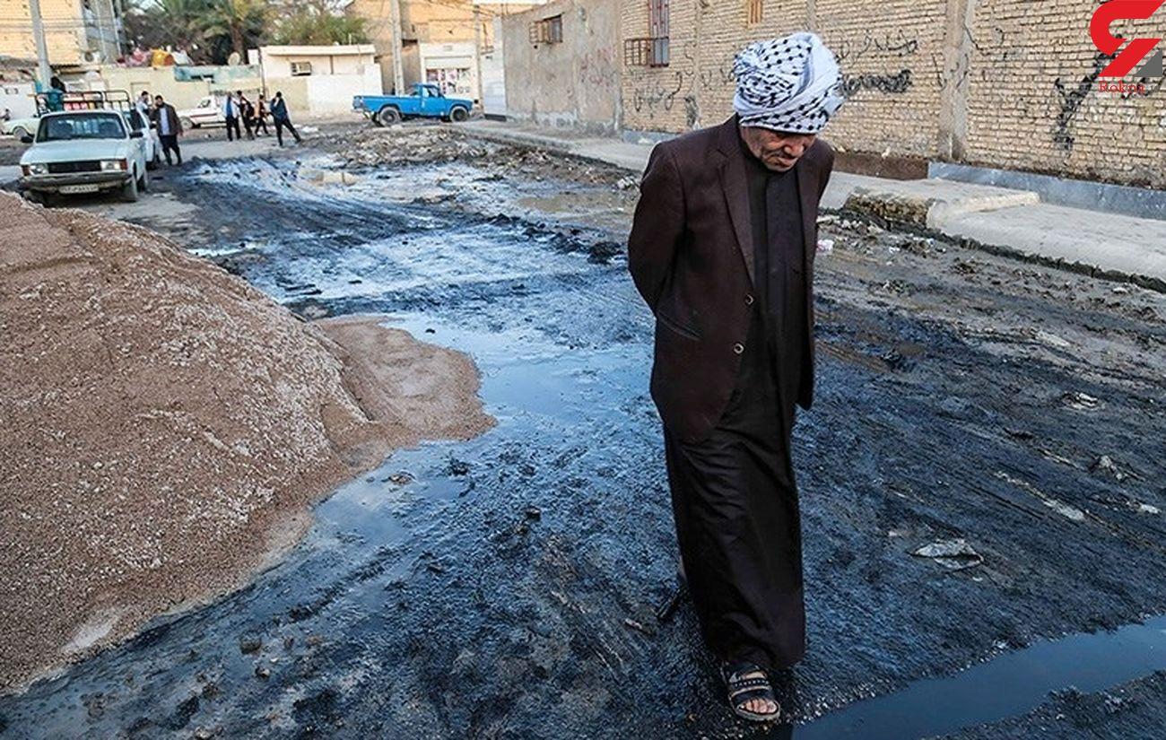 خوزستان در روزهای کرونایی آب سالم ندارد، فاضلاب خانگی هم در شهر جاری است