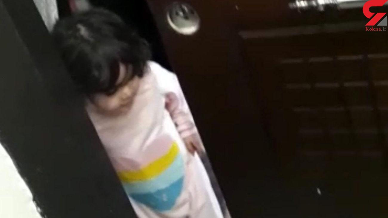 حبس شدن عجیب یک مادر و سه فرزند در تبریز + عکس