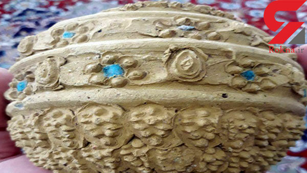 کشف سفال ایلخانی با تزئینات سنگ فیروزه در آذربایجان شرقی + عکس