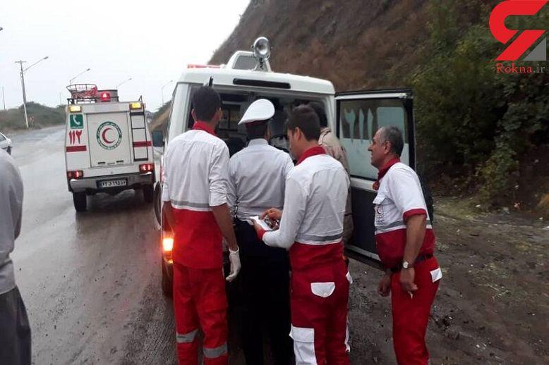 حادثه در جاده چالوس / واژگونی پیکان 3 مصدوم داشت