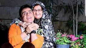 ماجرای جالب پفک خوردن مادر عموپورنگ