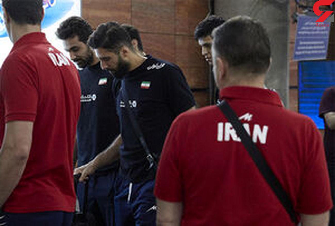 بازجویی از ملی پوشان والیبال ایران در فرودگاه شیکاگو