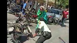 فیلم لحظه بازداشت امام زمان قلابی در اصفهان / او پلیس را زخمی کرد