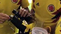 جنجال خوردن الکل قاچاقی در بازی کلمبیا - ژاپن + تصاویر