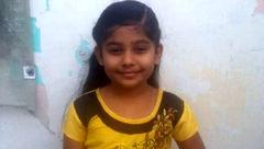 دختر بچه هندی از پدر فریبکارش شکایت کرد +عکس
