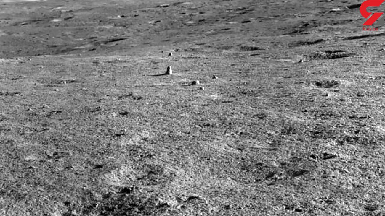 مشاهده سنگ در ماه