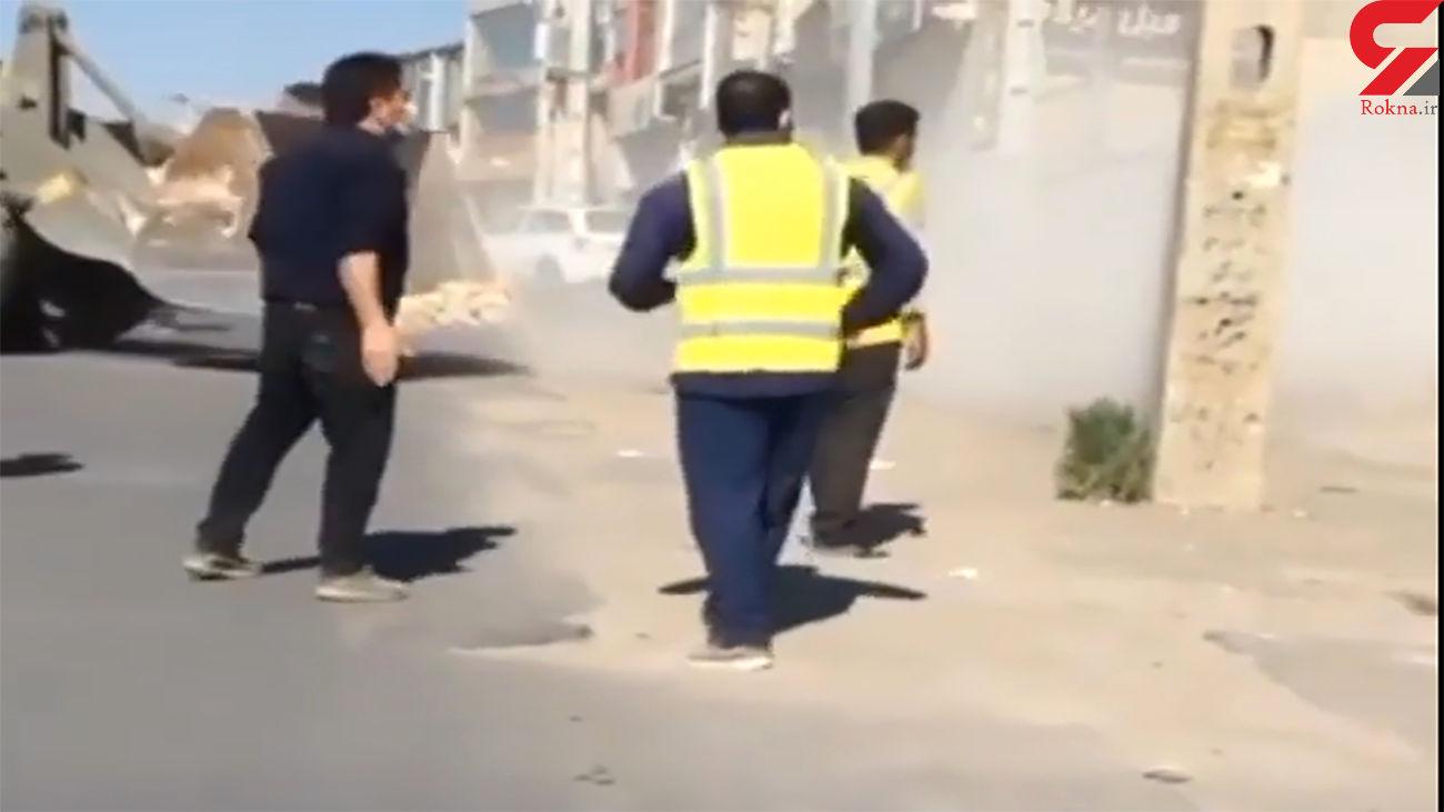فیلم لحظه حمله ماموران شهرداری تبریز برای تخریب خانه غیرمجاز + عکس
