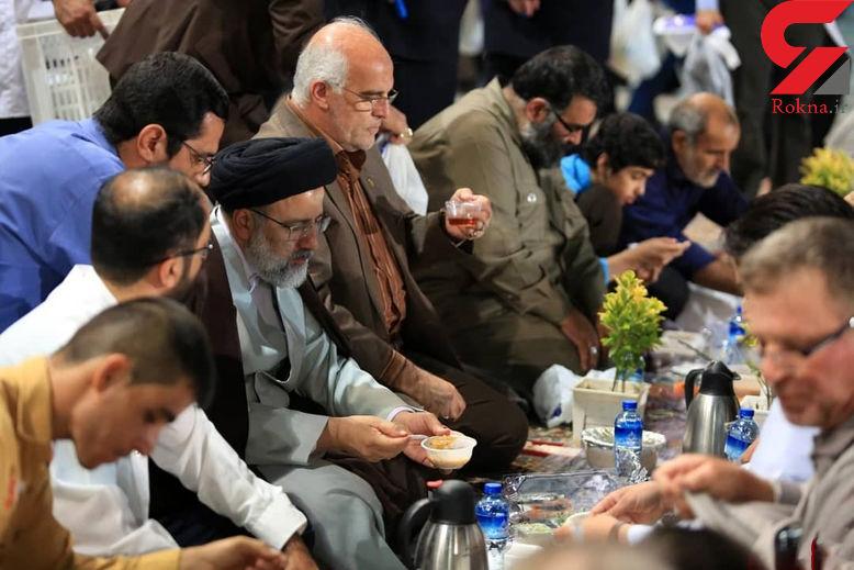 بزرگترین سفره افطار جهان اسلام در حرم امام رضا (ع ) +تصاویر