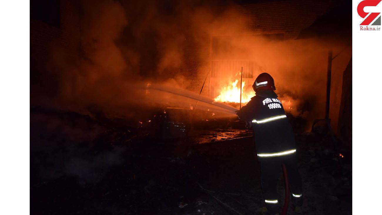 آتش سوزی انبار چوب در نیشابور
